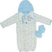 Newborn Boy Clothing by Babyworks - Sweet Newborn Boy Layette Set in 100% Cotton with 4 Pieces that Includes Convertible Gown in Cute Giraffe Pattern with Fold-Over Mittens, Appliqued and Embroidered Bib with