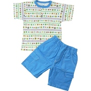 Under the Nile Infant Boy Short Set  in 100% Organic Cotton, Top has Colorful Bulls-eye Print Trimmed in Blue with Two Front Snaps.  Shorts have Elastic Waist and Four Pockets.  Very Cute!   Available in Sizes 12, 18 and 24 Months.